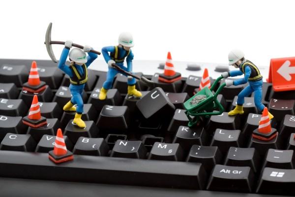 ¿Qué se hace en un mantenimiento de ordenadores?