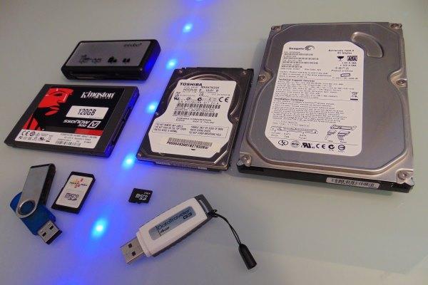 Por qué no se deben hacer copias de seguridad en discos duros externos y memorias USB
